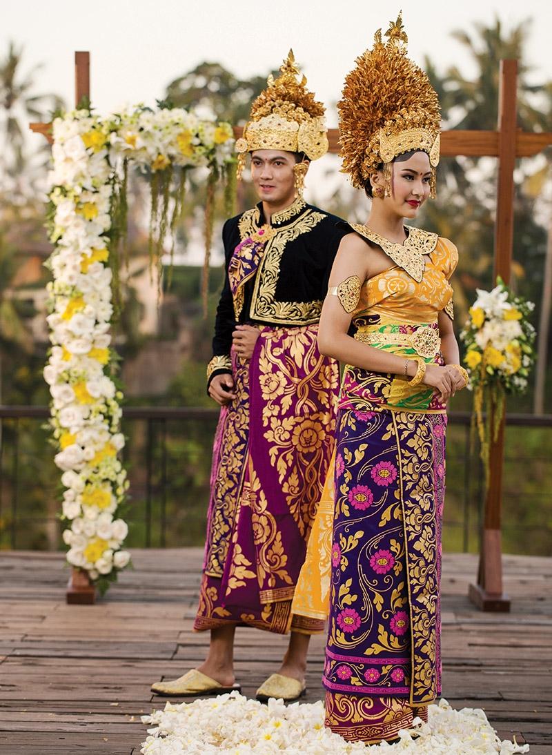 Baju Adat Pernikahan Cirebon