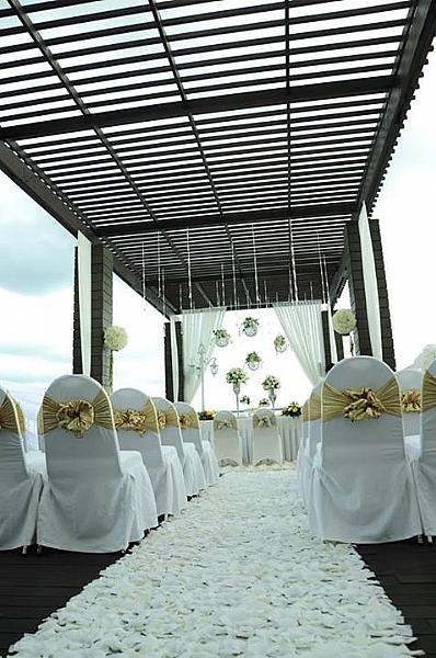 Weddingku komunitas wedding honeymoon indonesia weddingku aston balikpapan hotel residence junglespirit Images