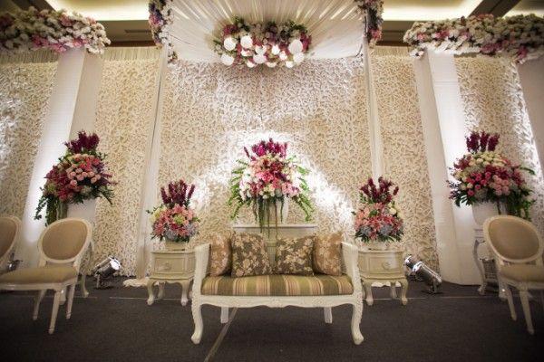 Weddingku komunitas wedding honeymoon indonesia weddingku fuchsia decoration junglespirit Choice Image