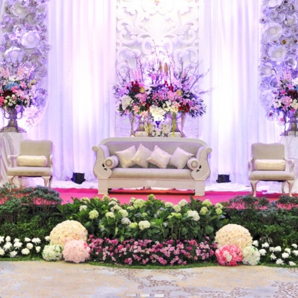 Loveliness wedding package by novotel tangerang weddingku novotel tangerang junglespirit Choice Image